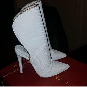 FashionNova boots